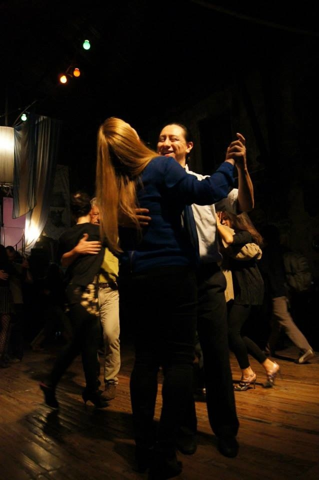Laughs on the dance floor. This is what a Tango vacation looks like!
